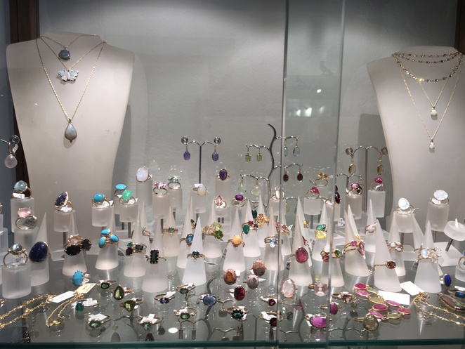 A beautiful show case of jewellery fashion Paddington