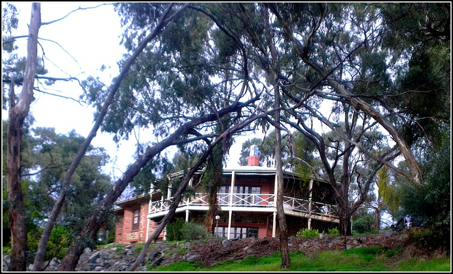 Clare Valley, South Australia, Accommodation in Clare, Clare Bed and Breakfast, Morella House Bed and Breakfast,