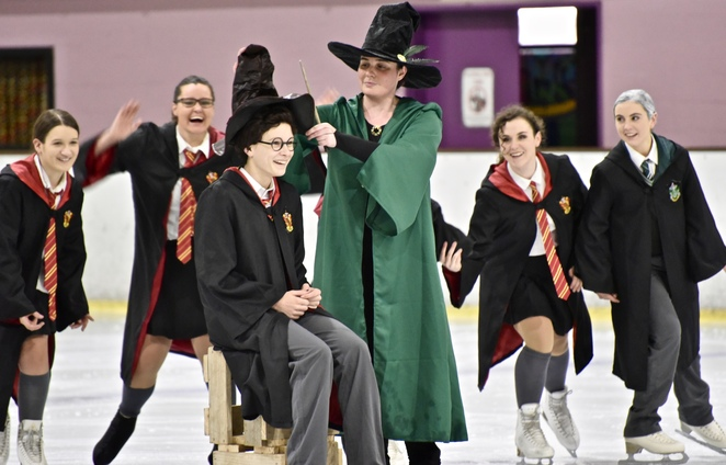 Harry Potter on Ice, Harry Potter, sorting hat scene, image by Jade Jackson, JK Rowling, Pottermore, Hermione, Ron Weasley, Slytherin