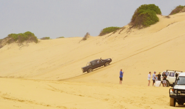 hilux 4wd 4x4 blacksmits beach driving