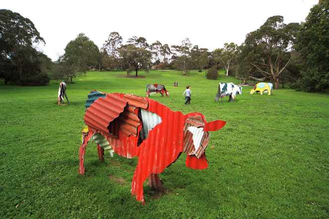 Jeff Thomson, Cows 1987, painted corrugated iron, Heide Museum of Modern Art ,
