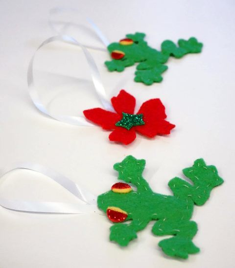 MoB kids, Christmas craft, biscuits, clock tower, school holidays, felt, frogs, flowers