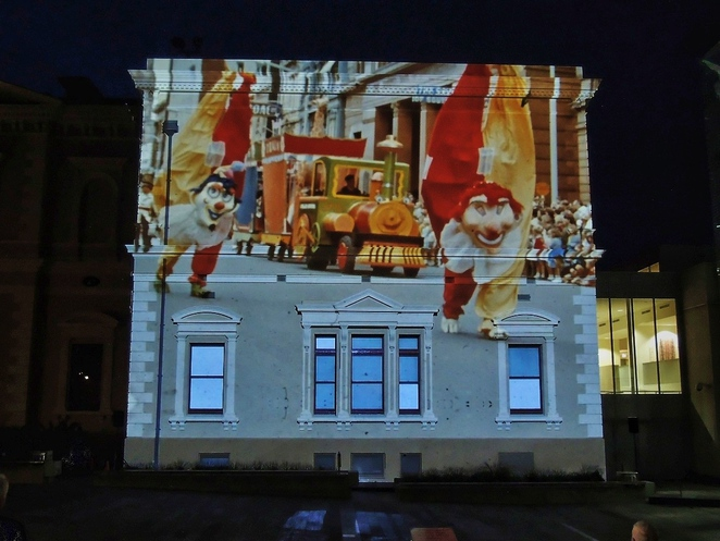 state library sa, story wall, history of south australia, fun for kids, free things to do, in adelaide, illuminart, story wall at the state library, adelaide attractions, christmas pageant characters