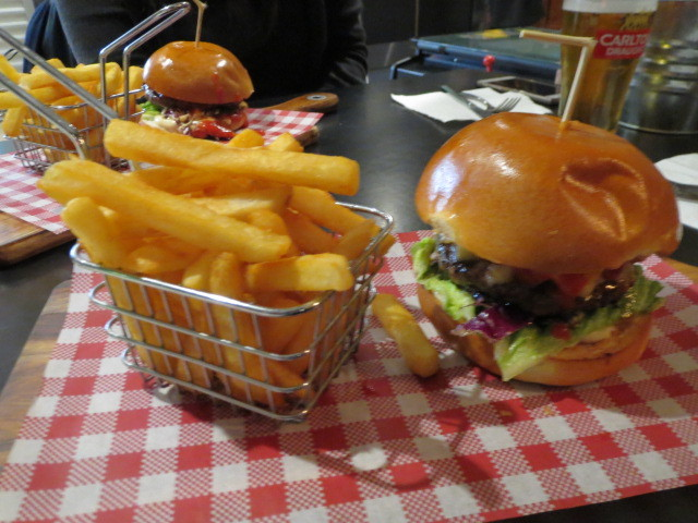 The Bunker Sports Bar and Grill, 50/50 Burger, Adelaide