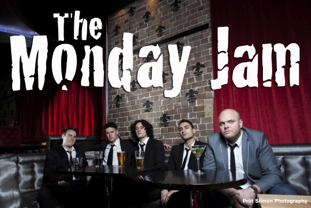 The Monday Jam, Muso sessions, The Oxford Hotel, Gingers, What to do on a Monday night, Musicians Jam sessions