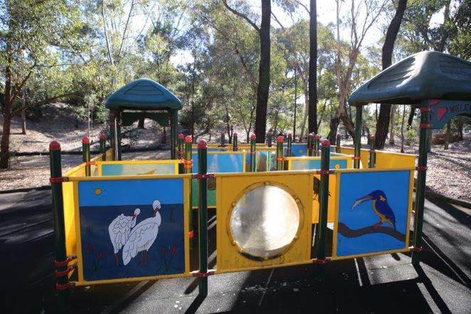Auburn Botanic Gardens, free, children friendly, see the animals, playgrounds for kids,