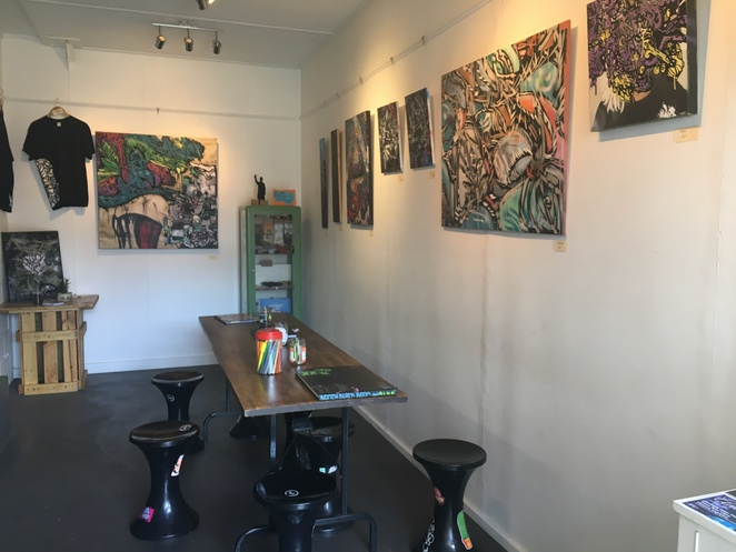 bench espresso, west end, coffee, drinks, brisbane, city, inner suburbs, southern suburbs, cafe, graffiti, street art, hrvst pressed juice, fresh juice, dog friendly, art, gallery, art display, boundary street, boundary street markets