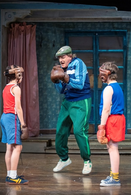 Billy Elliot, musical, Tony Award, Weekendnotes review, lilbusgirl review, Plays, Family, Date night, Fun things to do, Things to do in Sydney, Lyric Theatre, Billy Elliot, Elton John,