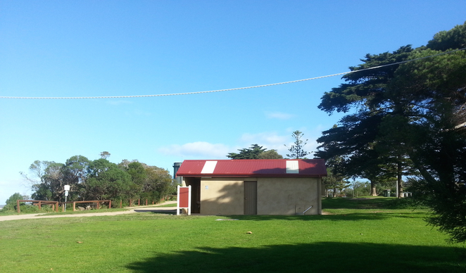 Citizen's Park, Queenscliffe, Queenscliffe foreshore Reserve, Playground, Picnic spot, BBQ, public bbq, barbecue, electric barbecues, recreation, park, foreshore, bellarine, toilets, toilet block, public toilet,