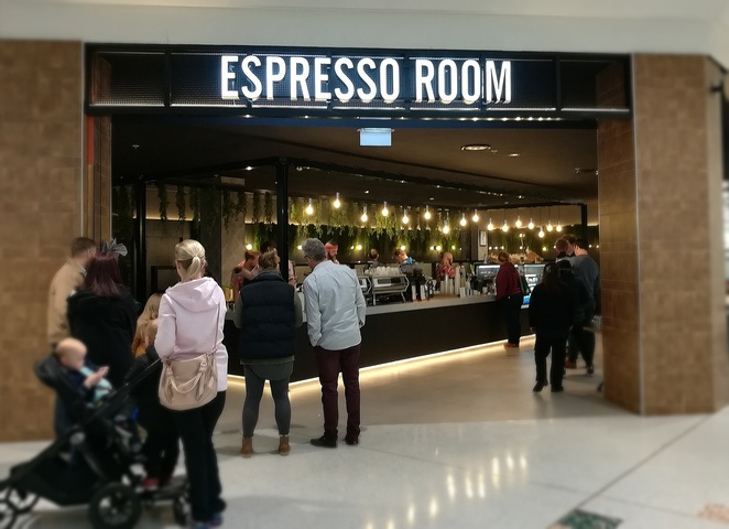 espresso room, tuggeranong, south point tuggeranong, ACT, coffee, takeaway coffee, best coffee, cafes, breakfast, lunch, cake, open early, outside target