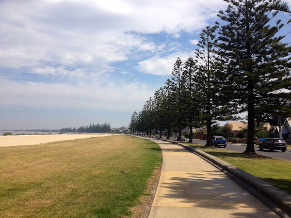 Foreshore walk from Altona to D K Grant Reserve