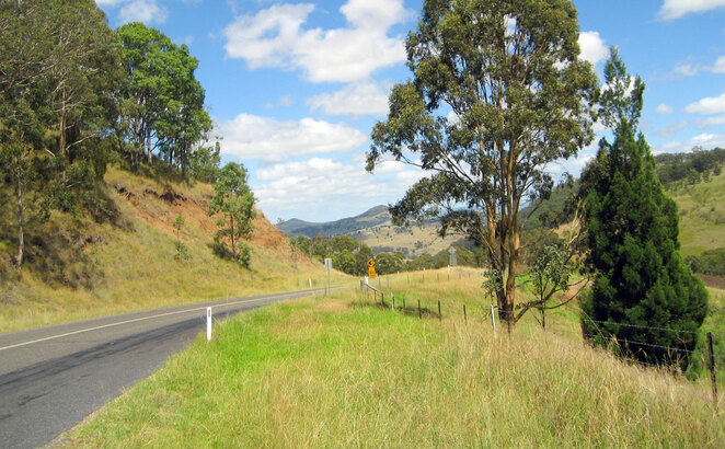 Driving through Killarney to Stanthorpe