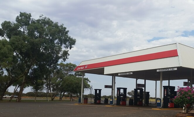 Marla, outback, South Australia, quirky place