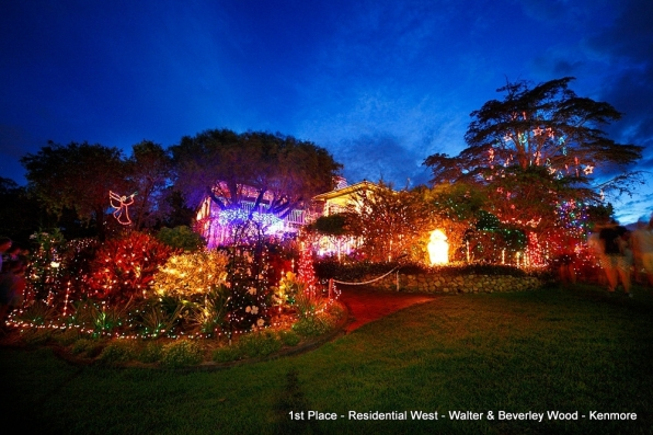 4KQ Christmas Lights Competition, Best Lighting Display
