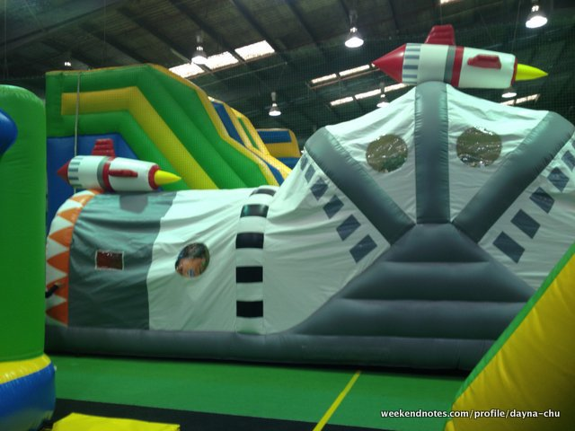 inflatable world oakleigh