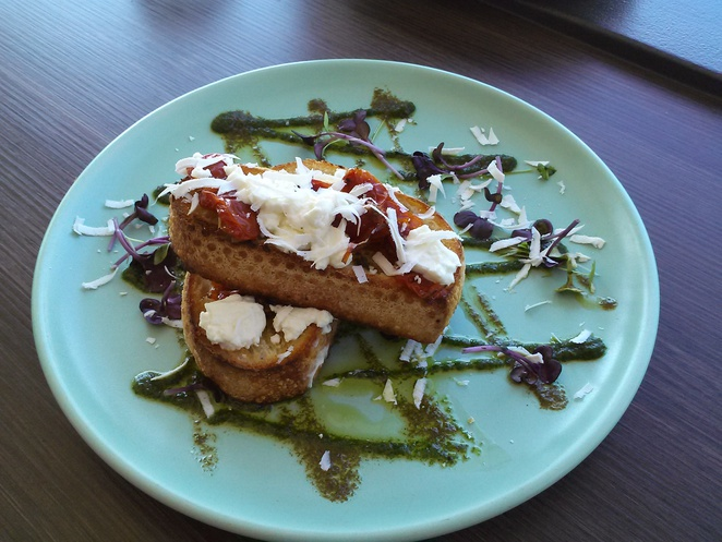 Little Brother Cafe bruschetta, Red Hill Lookout