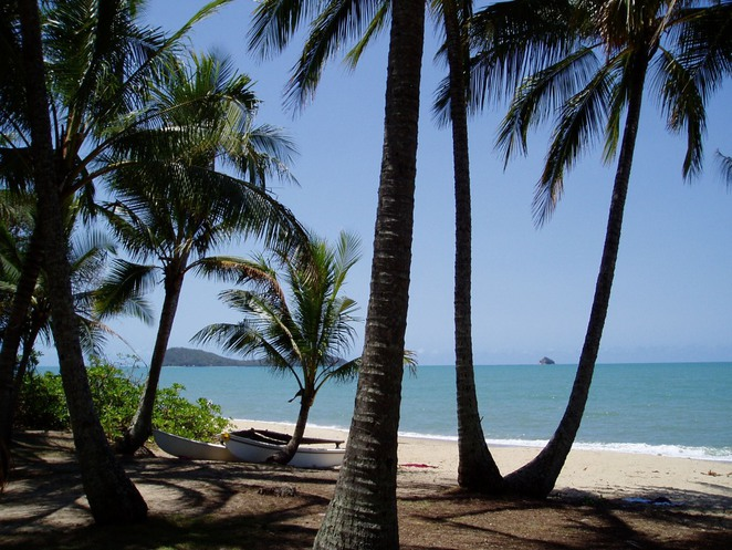 luxury hotels palm cove