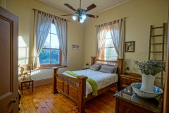 master bedroom, The Smelters, Accommodation, Wallaroo, foreshore, Office Beach Wallaroo