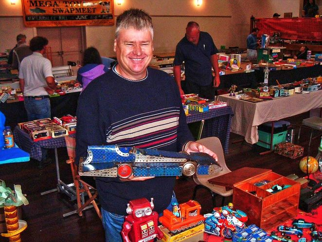 Mega Toy Fair, Mega Toy Fair 2018, toy fair, toys, adelaide, adelaide showgrounds, vintage and retro, retro toys, racing car
