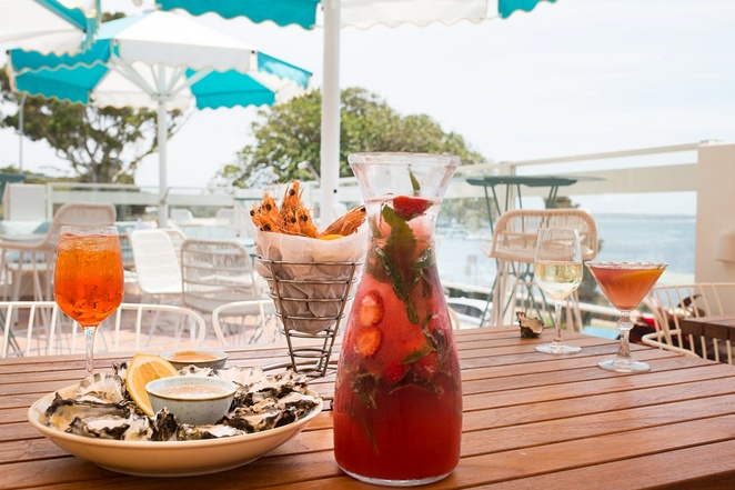 shoal bay country club, shoal bay, nelson bay, port stephens, NSW, water views, restaurants with water views, cafes, bars, popular, dinner, drinks, overlooking water, NSW, best restaurants with views,