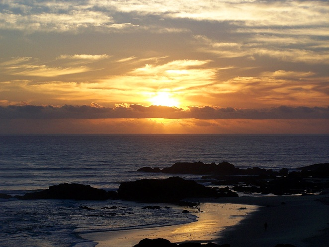 sunrise, port macquarie, NSW, top things to do at port macquarie, families, couples, groups, camping, tourist attractions, seniors, history, whats on,