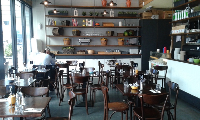 the merchant, kingston foreshore, canberra, ACT, restuarants, cafes, views, cafes, breakfast, lunch, coffee,