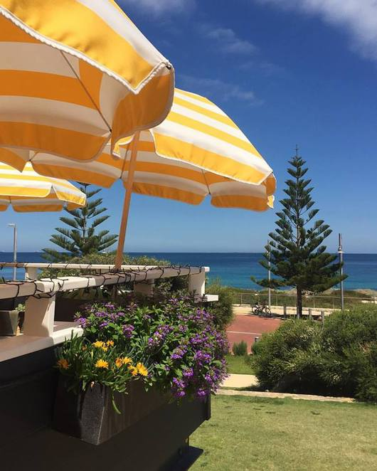 Beachside, beach, modern Australian, menu, cafe, food, seafood, beach, Perth, WA, restaurant, cafe, lunch, dinner, open late
