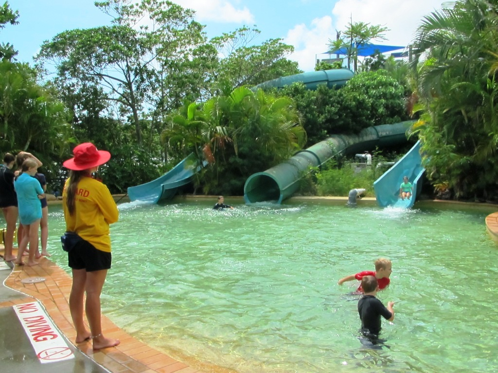 Chermside swimming pool water park brisbane - Swimming pools with waterslides in london ...