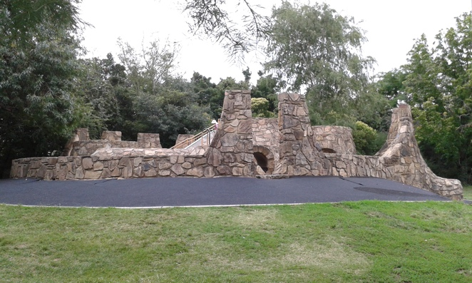 commonwealth park, canberra, ACT, playgrounds, family fun, birthday parties, best playgrounds in canberra, city, picnic spots,