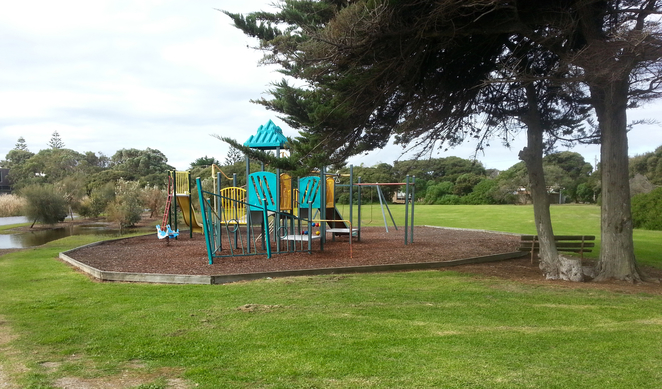 Ganes Reserve, Point Lonsdale, Playground, Park, Recreation area, picnic spot, bellarine, children's play area, swings, slide,