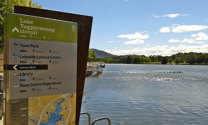 lake tuggeranong, walks, canberra, ACT, wlaking paths, cycling paths, bike paths, short walks, seniors, prams,