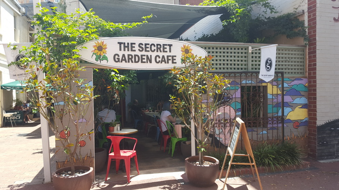 Perth cbd, breakfast, lilepr, food blogger, the secret garden cafe