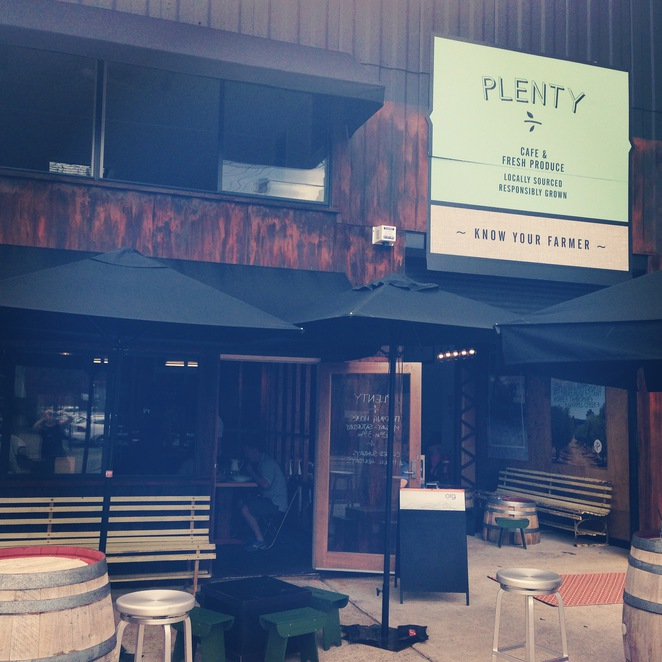 Plenty, cafe, montague road, west end, brunch, breakfast, lunch, famer, organic,