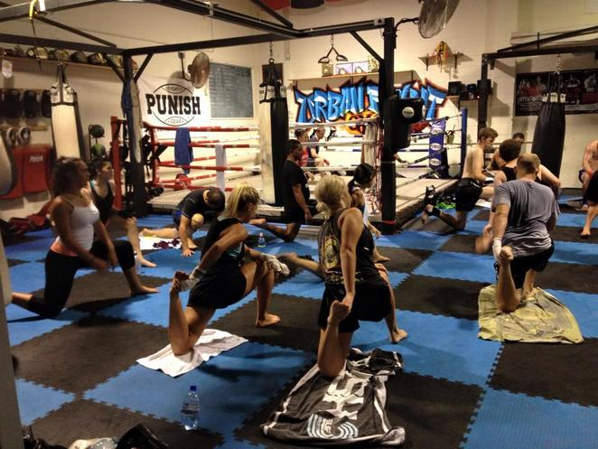 urban fight, muay thai, gym, gold coast, miami, beginner course, learn to fight, boxing, training, fighting, thai boxing, MMA, UFC
