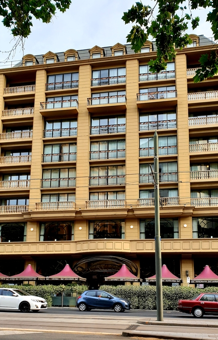 Accommodation, motel, Adelaide, North Terrace, meetings, holiday, romance, getaway