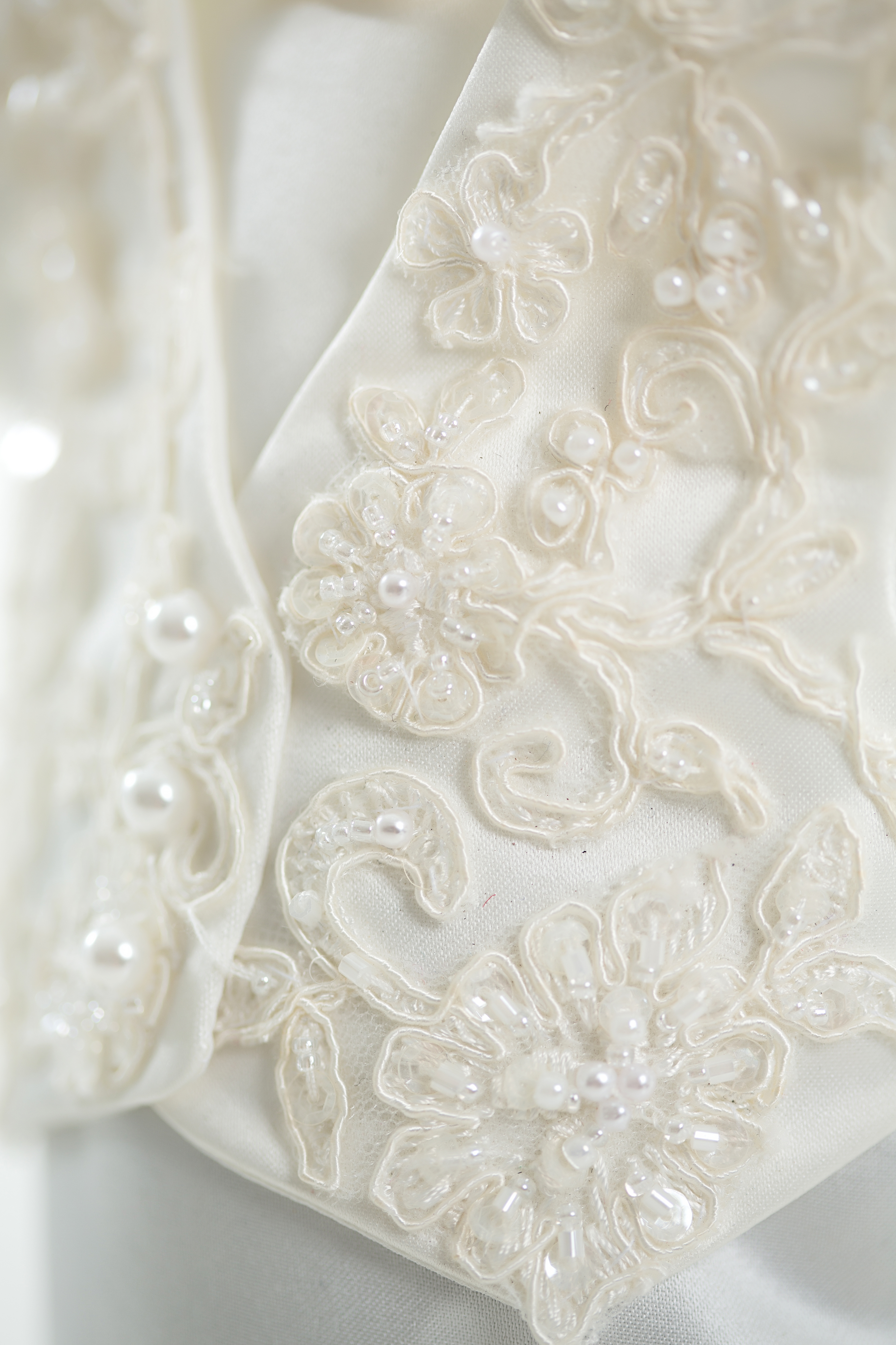 Magnificent Helping Hands Angel Gowns Component - Wedding and ...