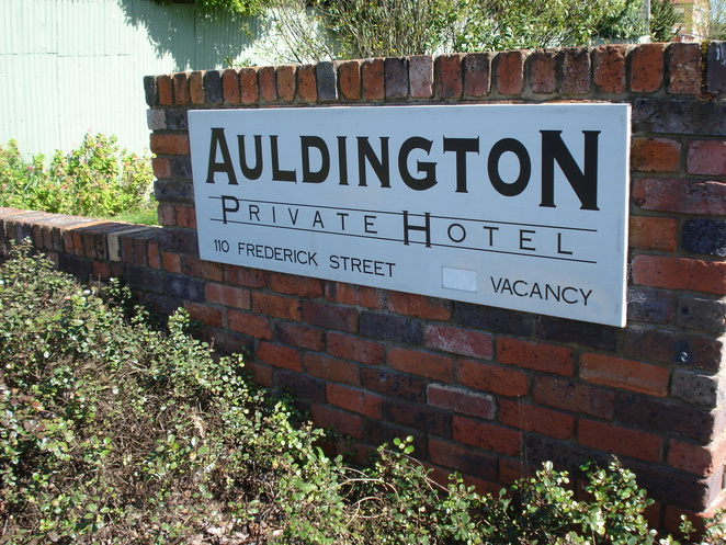 auldington hotel launceston, launceston accommodation, launceston hotels