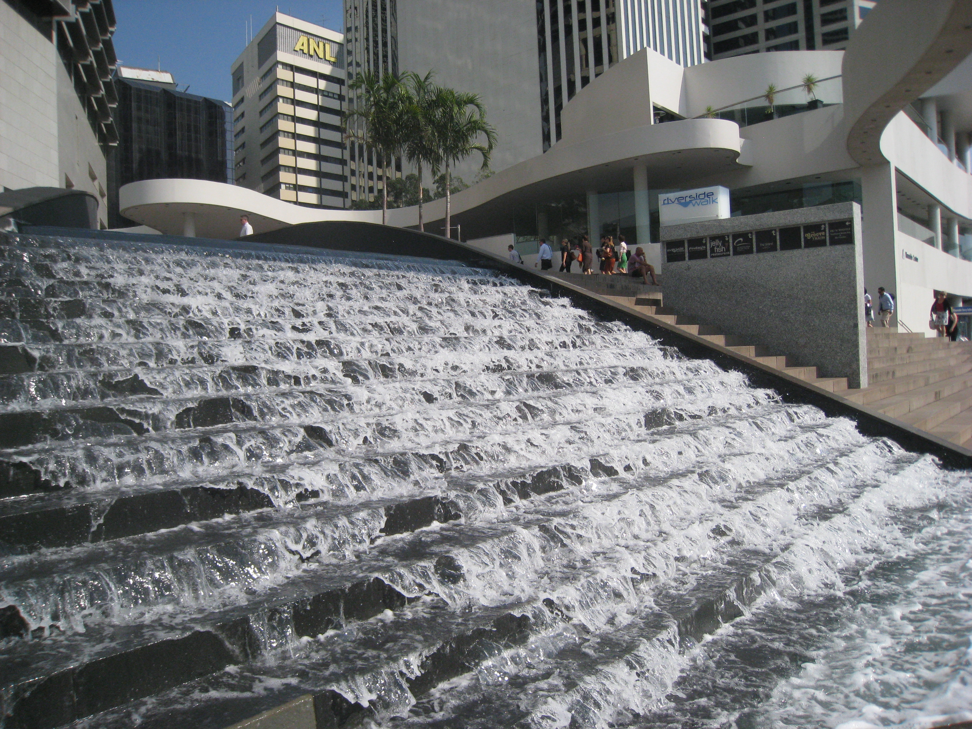 5 fantastic brisbane city water features and fountains for Waterfall features