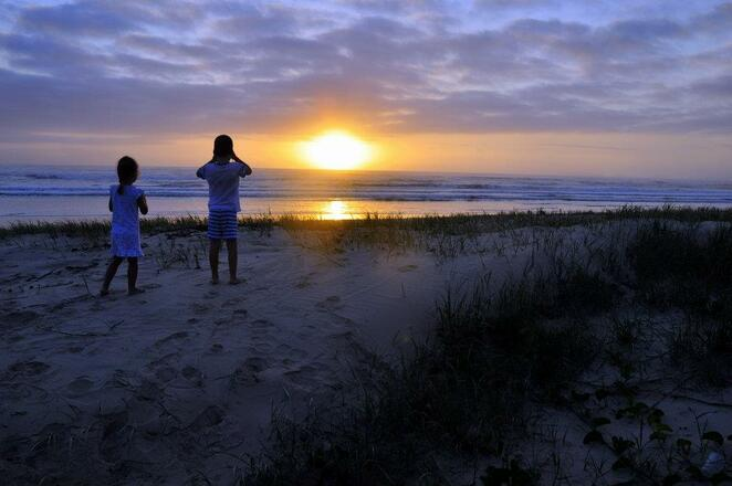 Lazy evenings on the beach at Inskip Point
