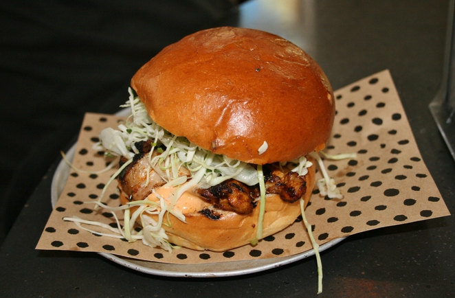 Marinated chicken burger chur