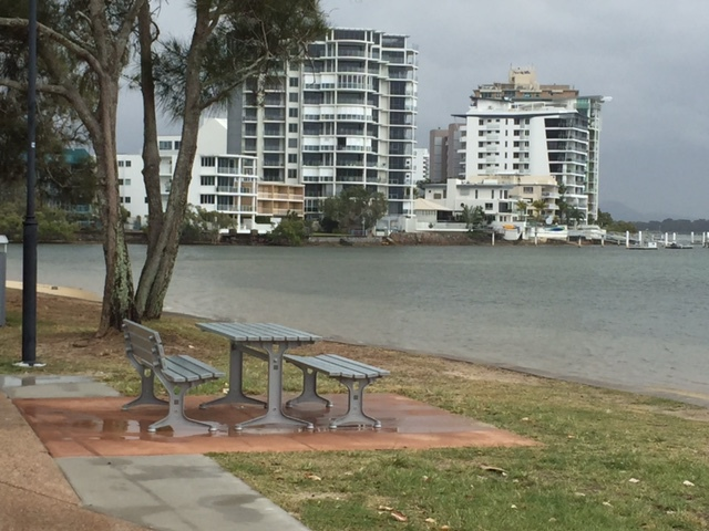 Maroochydore Rotary Park, two playgrounds, on the river, safe swimming, fishing, electric barbecues, sheltered picnic areas, fun for the family, street parking