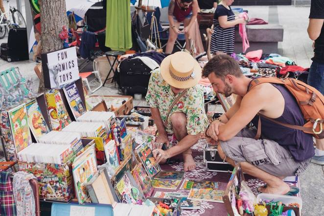 suitcase rummage in sydney 2018, community event, fun things to do, recycling, secondhand clothing, secondhand goods, upcycling, suitcase rummage, mini scaled market, stall holders, the goods line, ultimo, trash and treasure