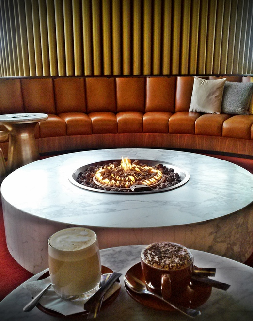 the vibe hotel, canberra airport, helix bar and dining, ACT, canberra, buffet breakfast, fireplaces,