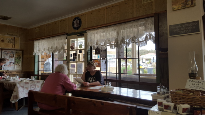 Quaint Cottage Windows, Linda's Billy Tea Rooms