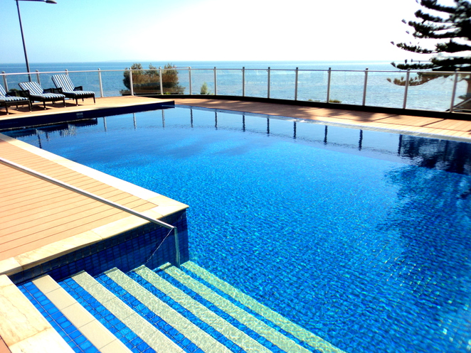 port lincoln hotel pool