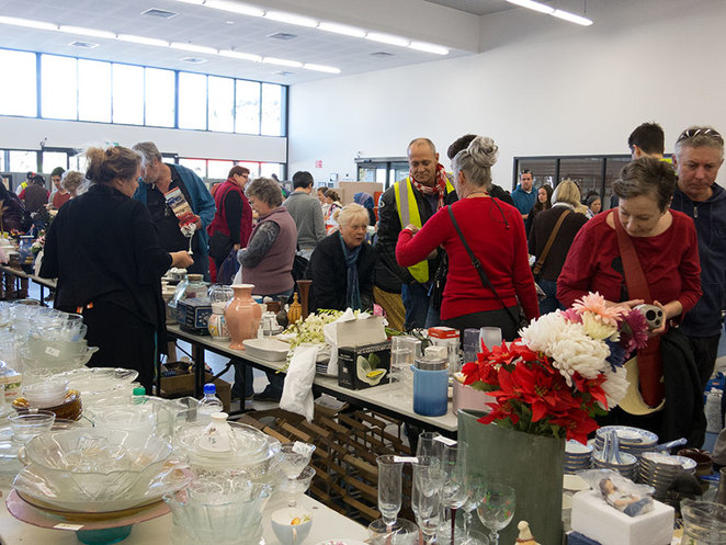 Scroungers Autumn Garage Sale 2018, There plenty of volunteers available, should you need help.