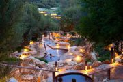 The Bath House at the Peninsula Hot Springs