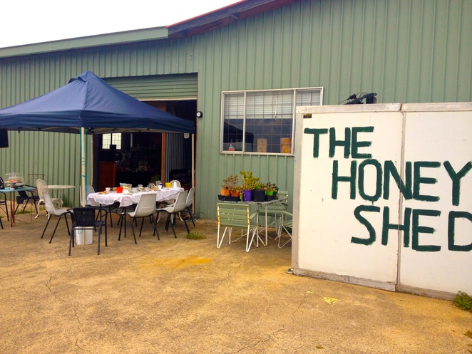 The Honey Shed, honey, organic honey, blue mountains honey, sydney farms