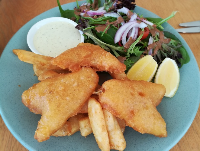 The Sebel Pelican Waters Golf Resort & Spa, the grill, restaurant, lunch, dinner, special occasion, weekend specials, pelican waters, caloundra, romantic, couples, views, the sebel, golf course, pelican waters, queensland, sunshine coast, fish and chips, whiting and chips, lunch menu,