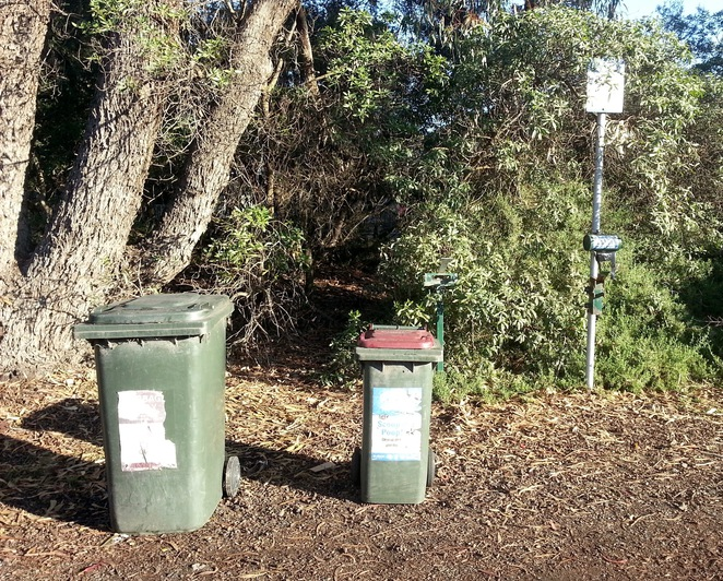 Barwon Heads Village Park, Pirate Park, Rubbish bins